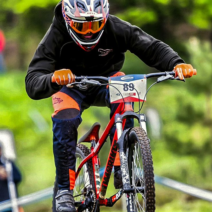 Martin Brown 4x BMX racer